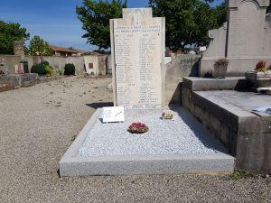 Monument aux mort rénové par la marbrerie Vallon