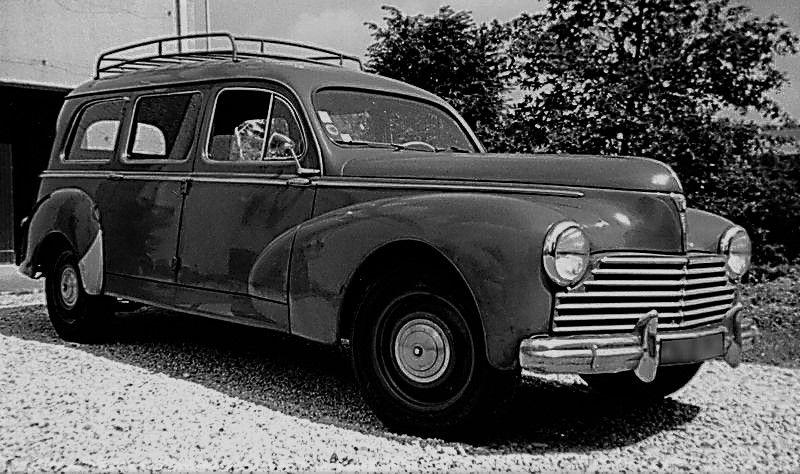 Corbillard Peugeot 203