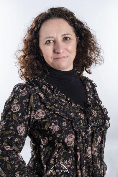 Samantha Conseillère funéraire chez vallon à Valence